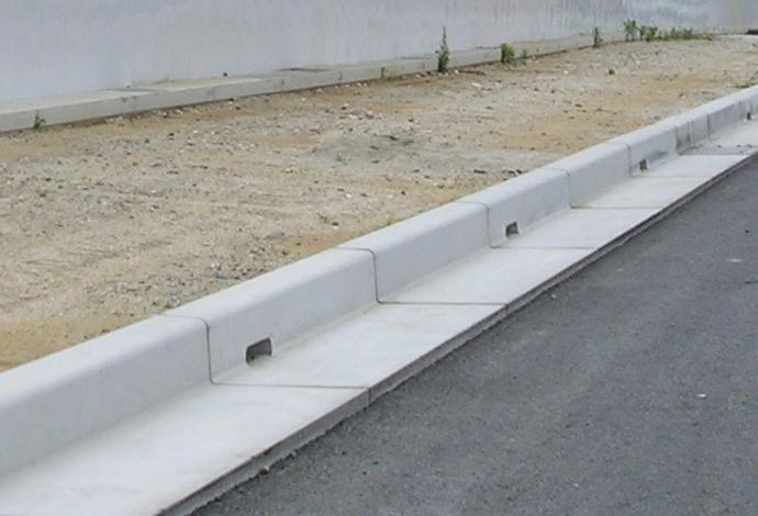 大型化・長尺化プレキャストコンクリート製品