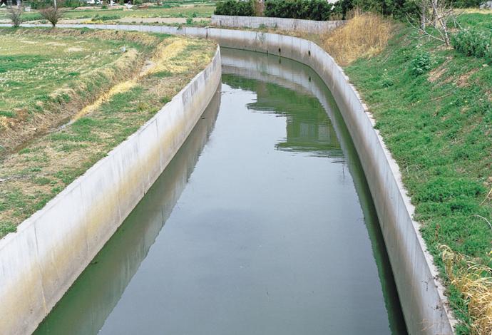 日コン式開水路用L形ブロック