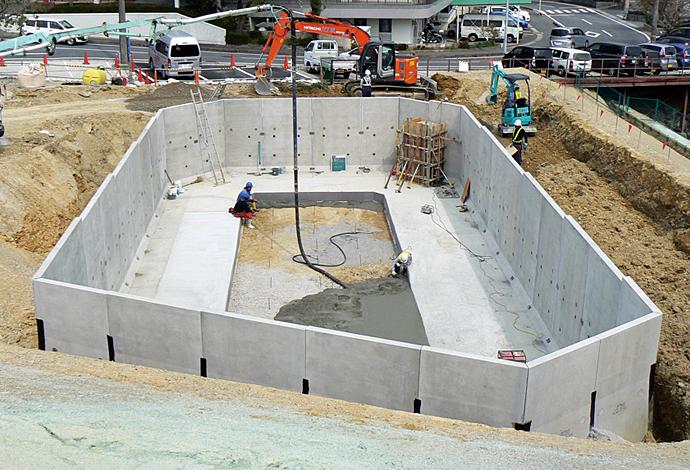 日コン式オープン調整池